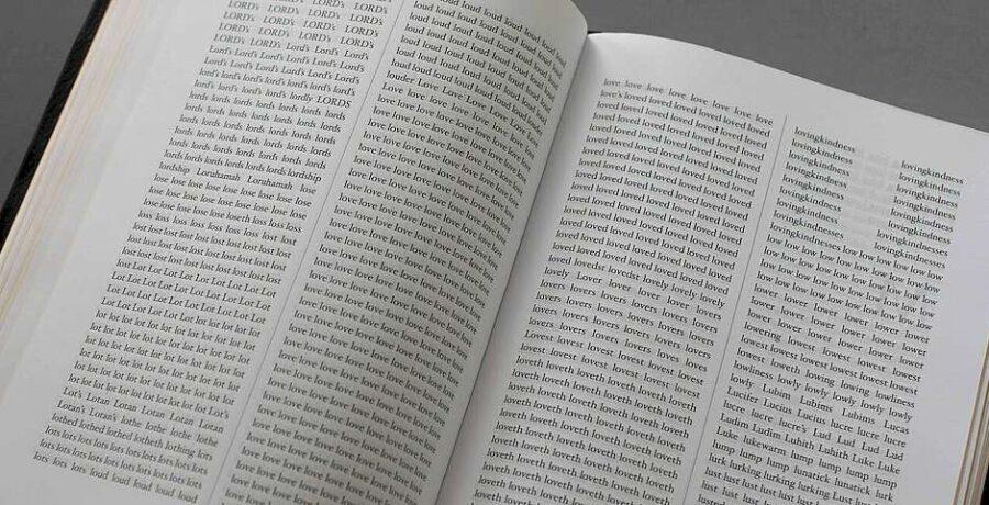 Un algoritmo muestra las palabras que dominan en la Biblia 2